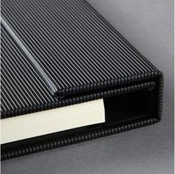 Notitieboek Conceptum CO142 A4+ zwart lijn